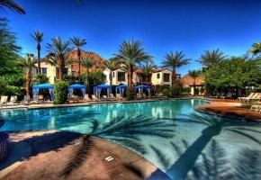 Обои бассейн, дома, пальмы, виллы, houses, лежаки