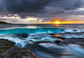 Обои океан, рассвет, солнце, волны, шторм, побережье
