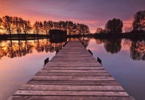 Обои Германия, Бавария, река, деревянный, мостик, берег, деревья, вечер, закат, небо, отражение