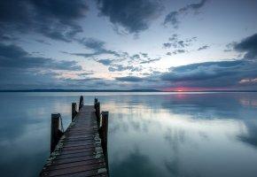 Обои пейзаж, Ночь, озеро, мост, пирс