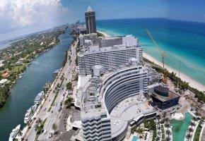 Обои Miami, Флорида, США, небо, море, берег, дома, кран