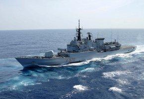 Обои флот, корабль, боевой, полный ход, волны, чистое, небо
