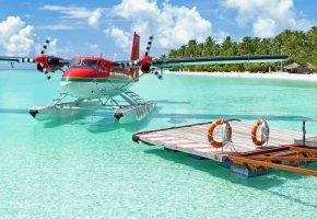 Обои океан, песок, пальмы, остров, самолет, небо, пропеллеры, крылья