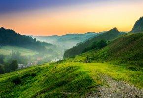 Обои небо, утро, горы, долина, трава, дома