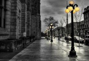 Обои Улица, пасмурно, после дождя, фонарь, дорога